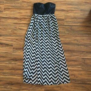 Strapless maxi skirt
